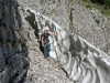 Randkluft am Klettersteigseinstieg